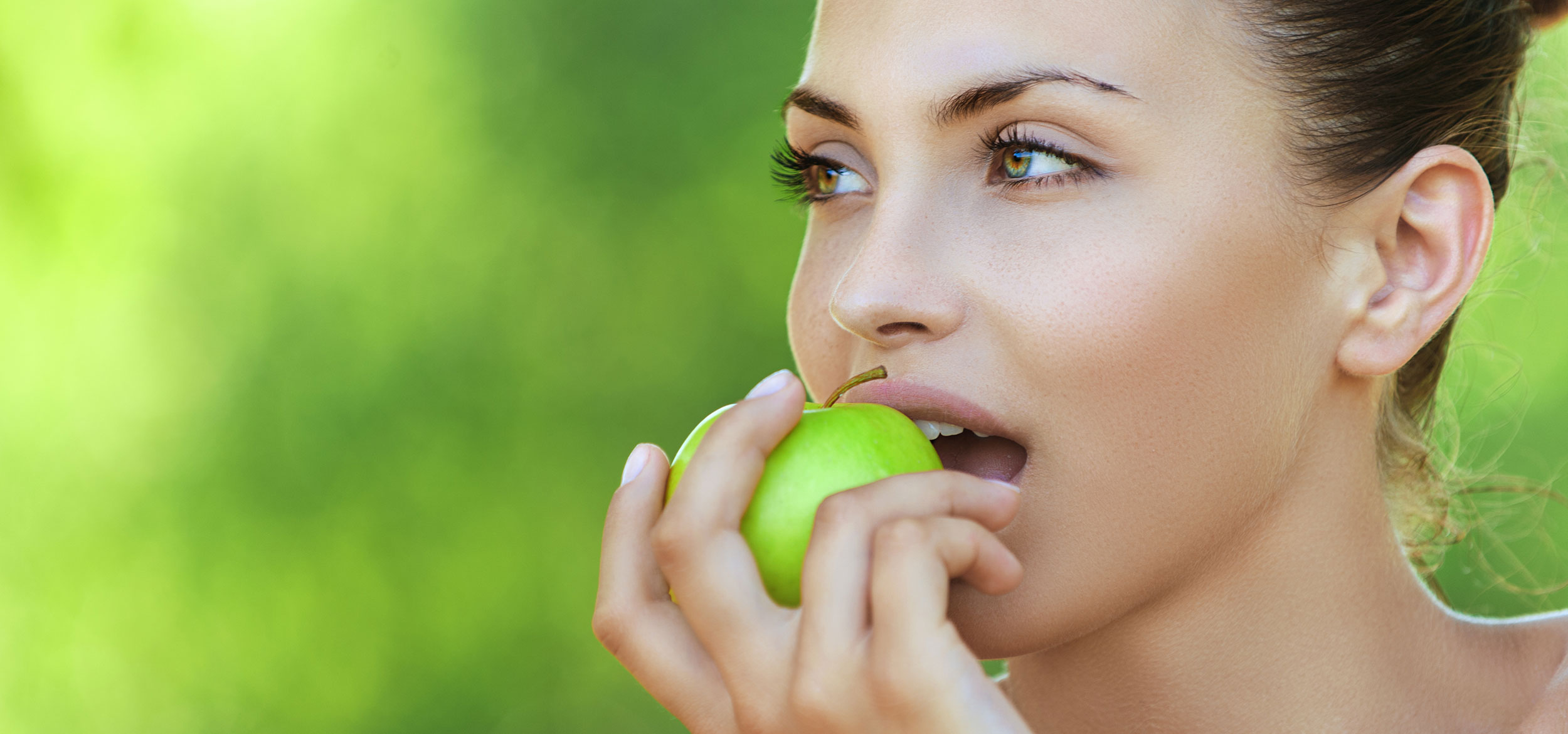 An apple a day keeps Pambula Dental and your teeth happy!